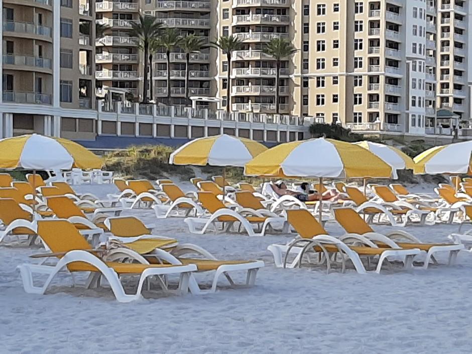 Sandpearl private beach 1
